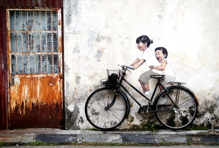 penang street art bicycle street art
