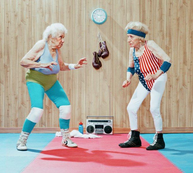 Le signore sembrano apprezzare le virtù tonificanti del pilates